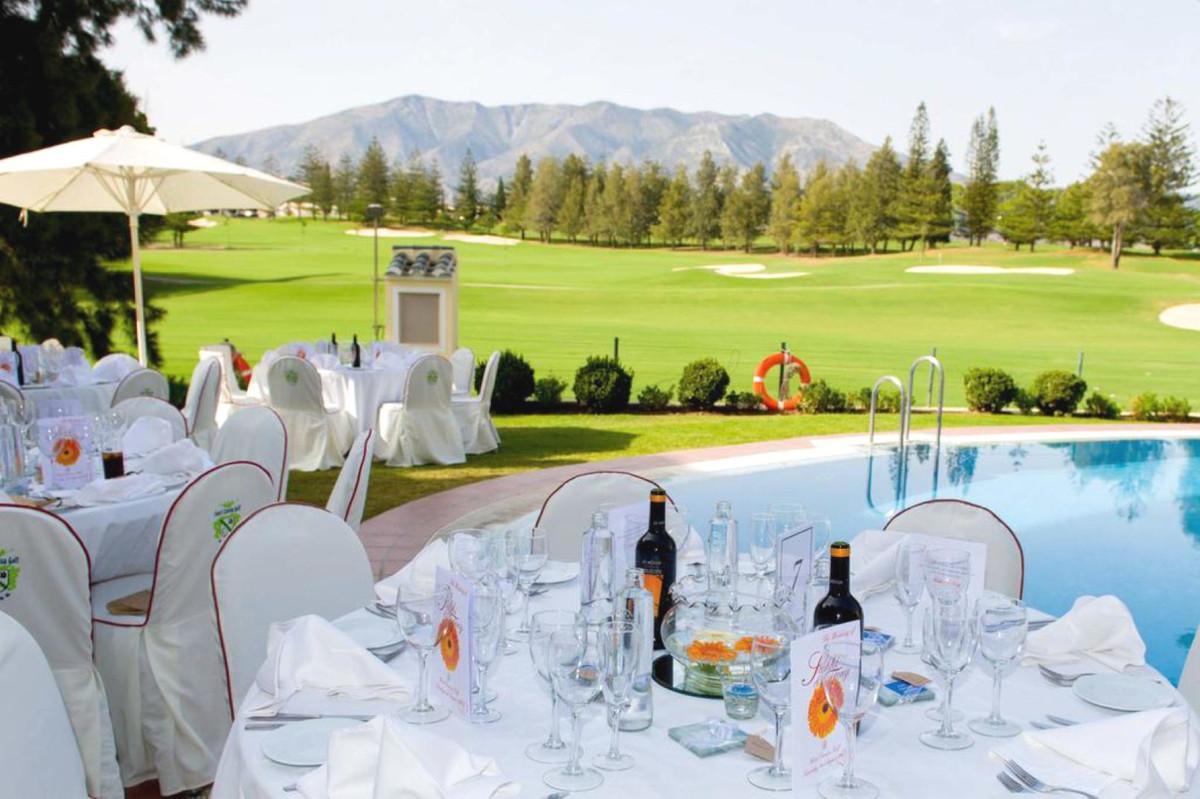 Commercial in Mijas Golf