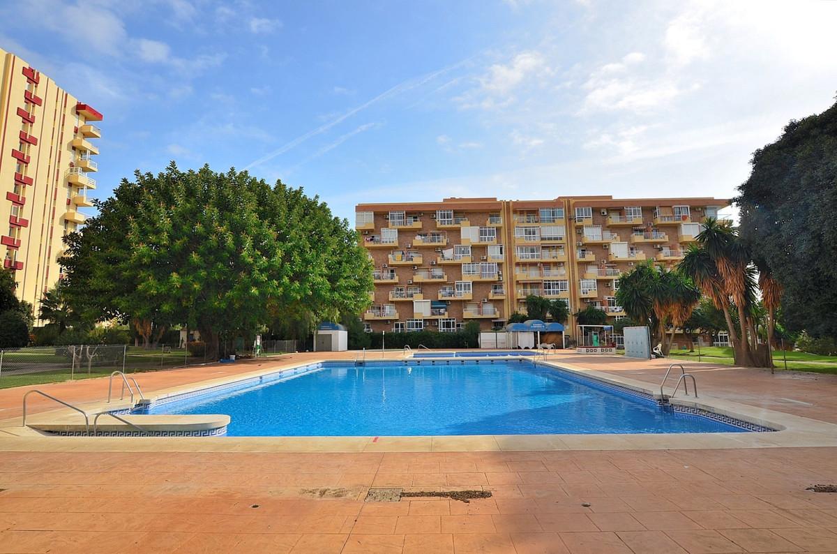 STUDIO located in Arroyo de la Miel (Benalmadena), in a popular complex in the area next to Parque d,Spain