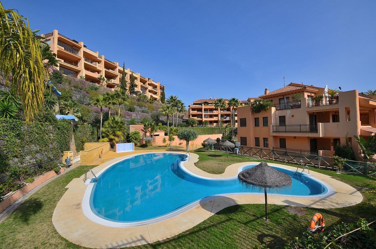 Fantastic CORNER apartment with LARGE TERRACE OF 24 M2 located in La Cala de Mijas, next to Calanova,Spain