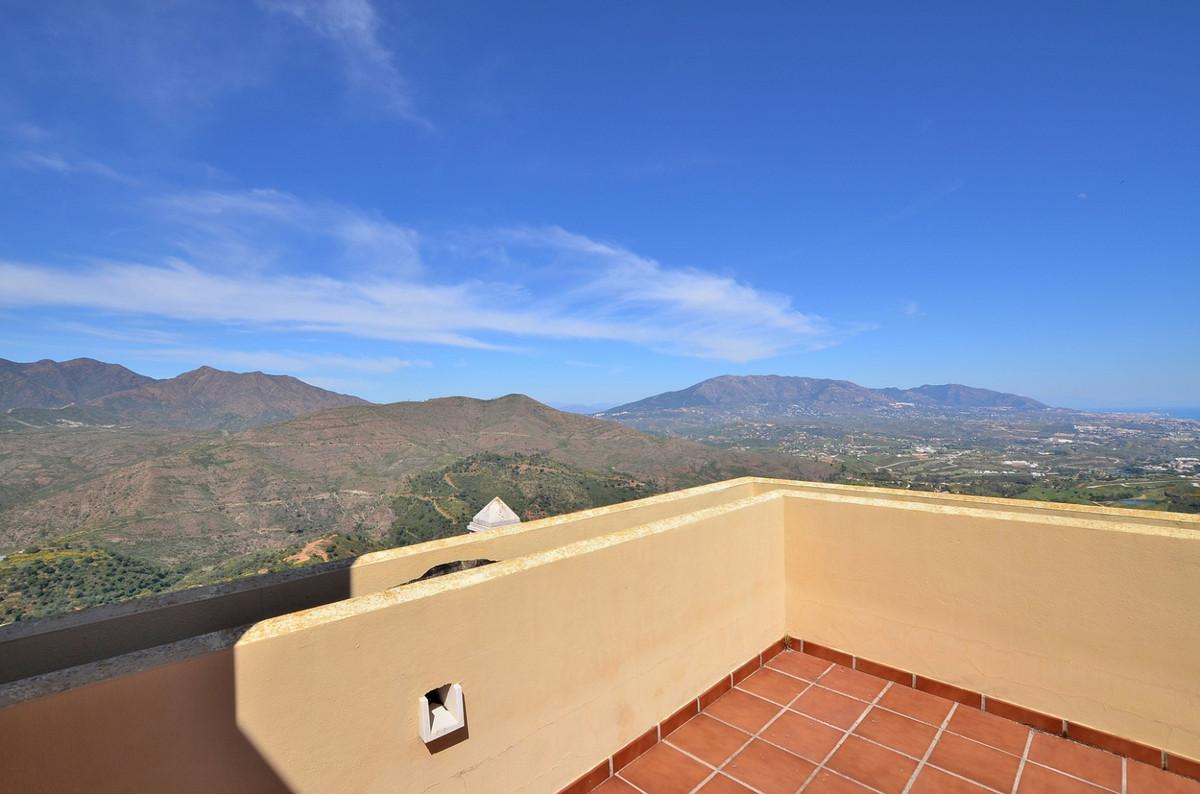 2 Bedroom Townhouse For Sale La Mairena, Costa del Sol - HP3825823