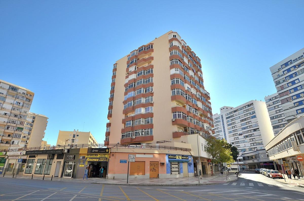Nice studio located in Torremolinos center.  PRIME LOCATION walking distance to all amenities.  West,Spain