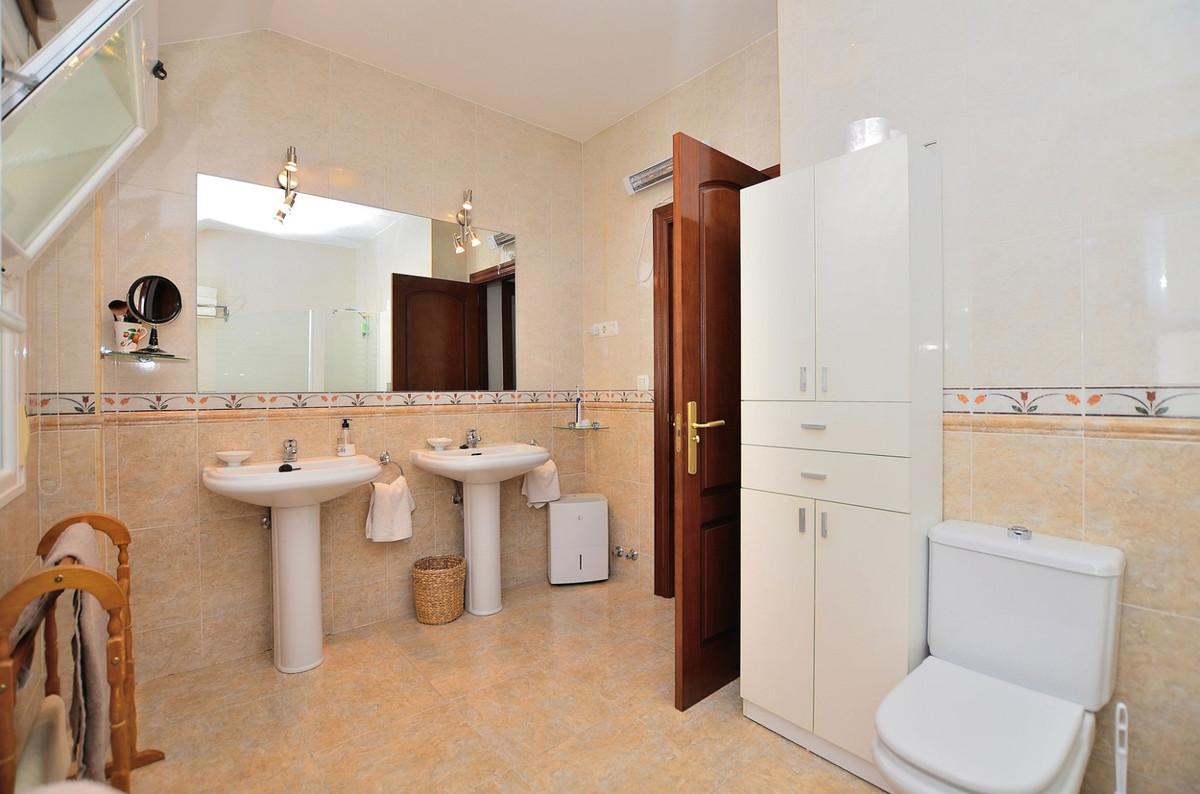 House in Arroyo de la Miel R3917827 15