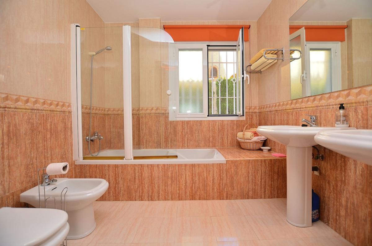 House in Arroyo de la Miel R3917827 18