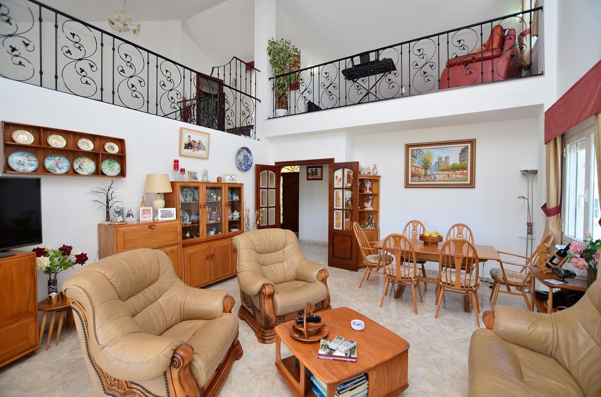 House in Arroyo de la Miel R3917827 6