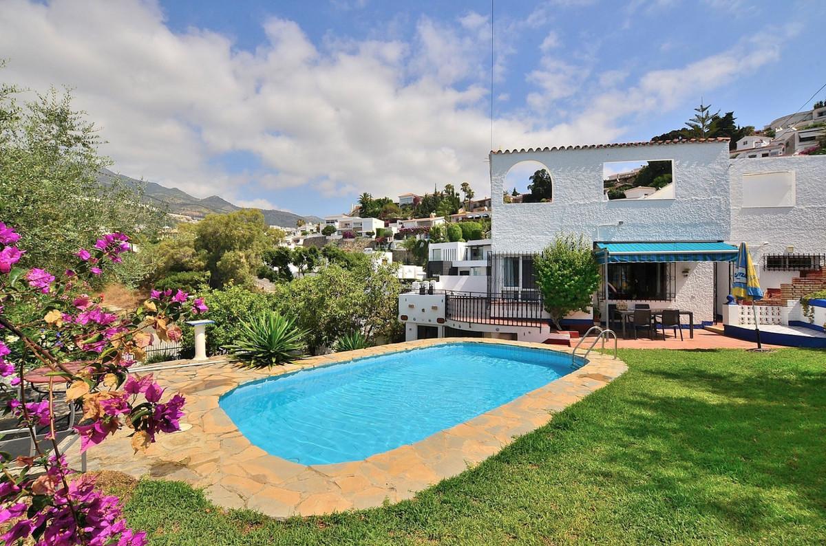 Detached Villa for sale in Benalmadena Costa R3674603