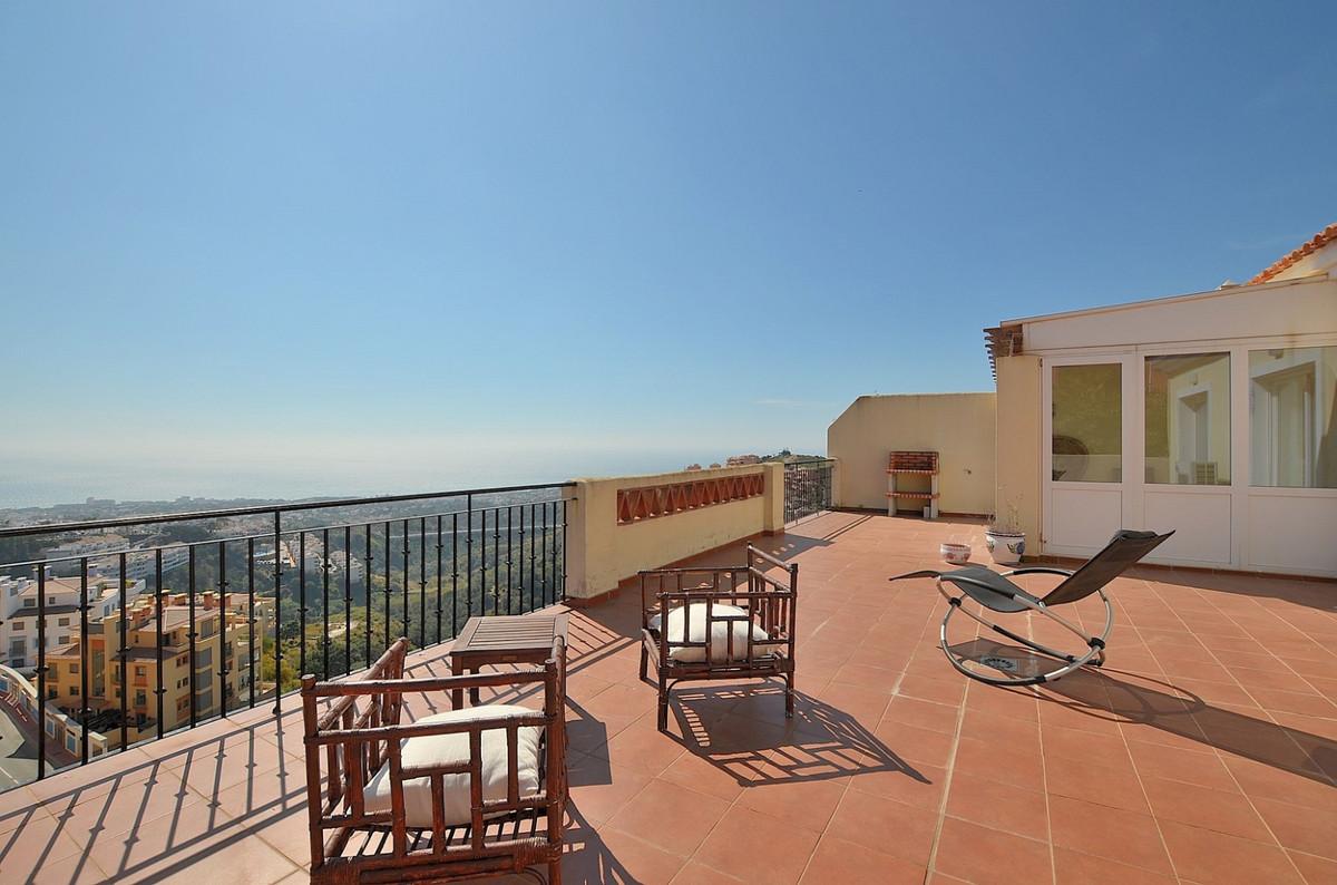 Apartment in Calahonda R3369634 1
