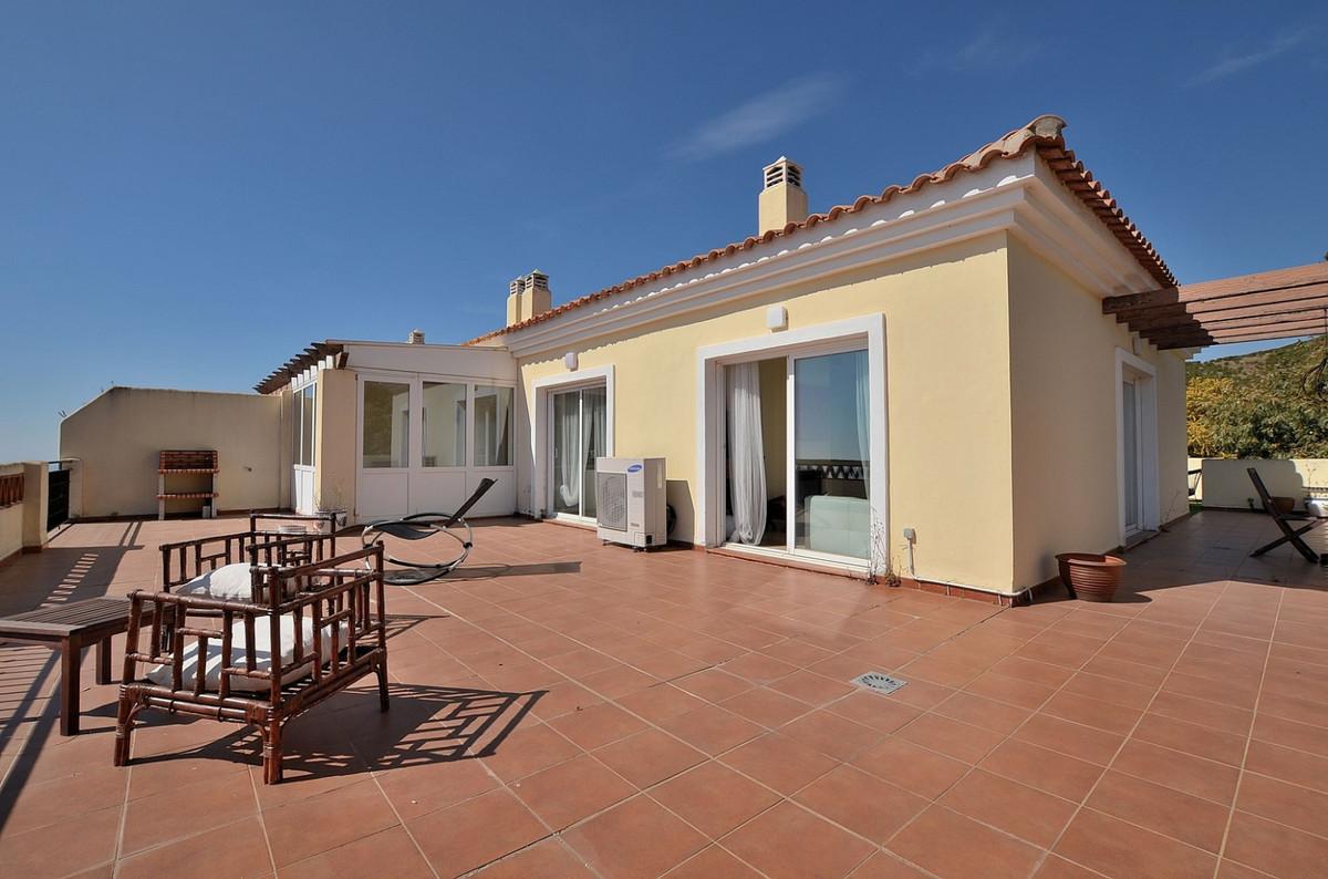 Apartment in Calahonda R3369634 3