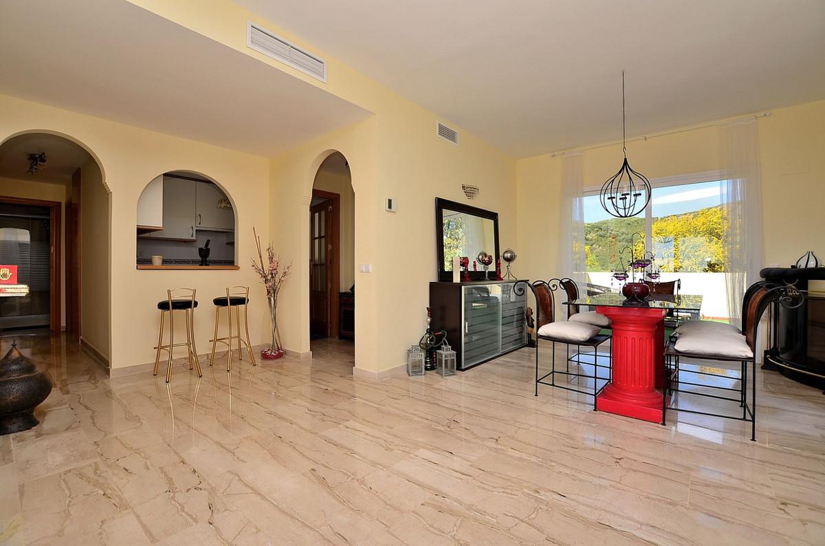 Apartment in Calahonda R3369634 7