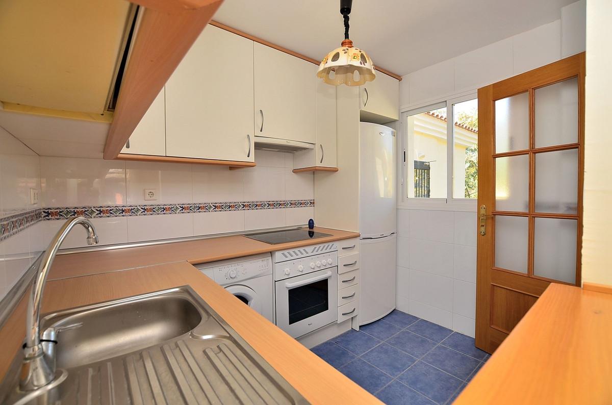 Apartment in Calahonda R3369634 8