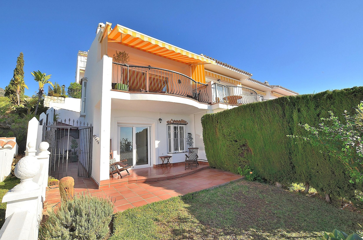 FANTASTIC CORNER SEMI-DETACHED WITH SPECTACULAR VIEWS located in Mijas, next to the famous Valparais,Spain