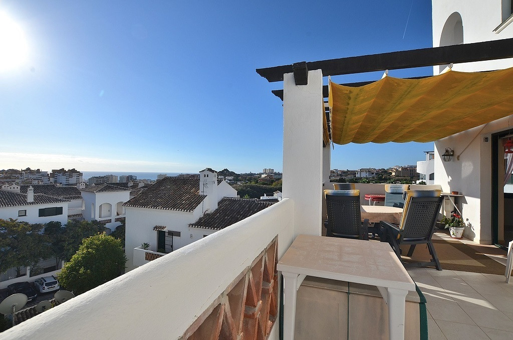 JUST REDUCED FROM 299.950 € to 289.950 €!  WONDERFUL CORNER APARTMENT WITH LARGE TERRACE OF 31 M2 WI,Spain