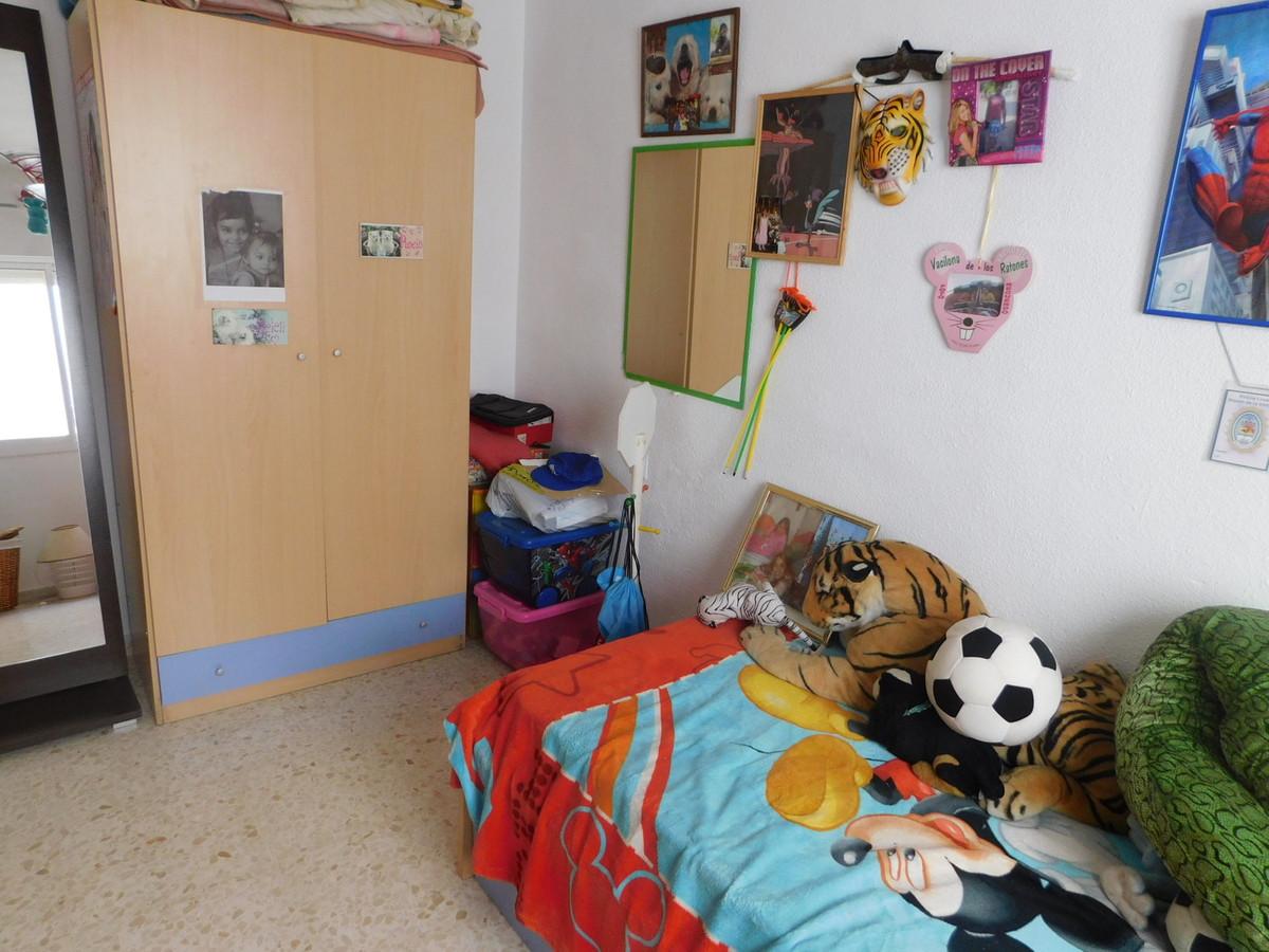 Apartamento con 3 Dormitorios en Venta Alhaurín de la Torre