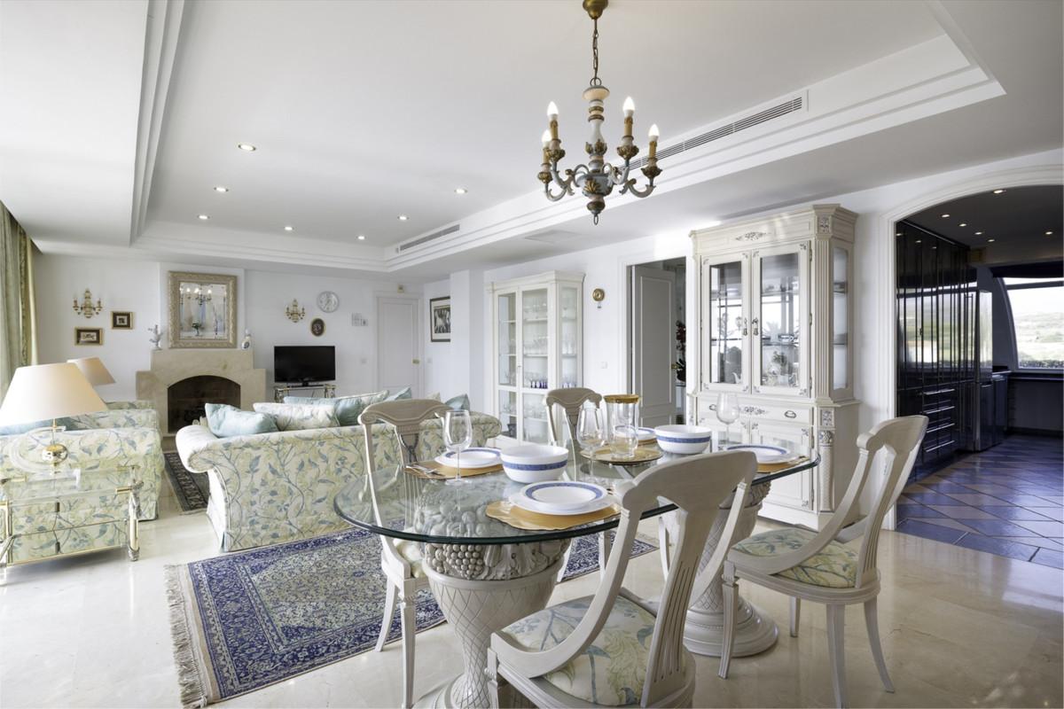 Apartment Penthouse New Golden Mile Málaga Costa del Sol R3326377 8