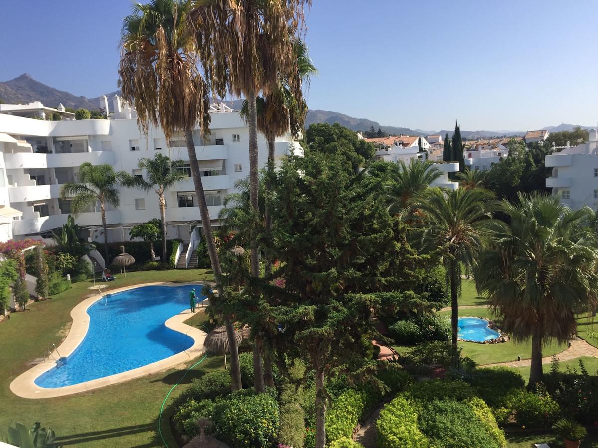 Excellent Apartment for sale in La Milla de Oro, one of the best areas of the Costa del Sol. It cons,Spain