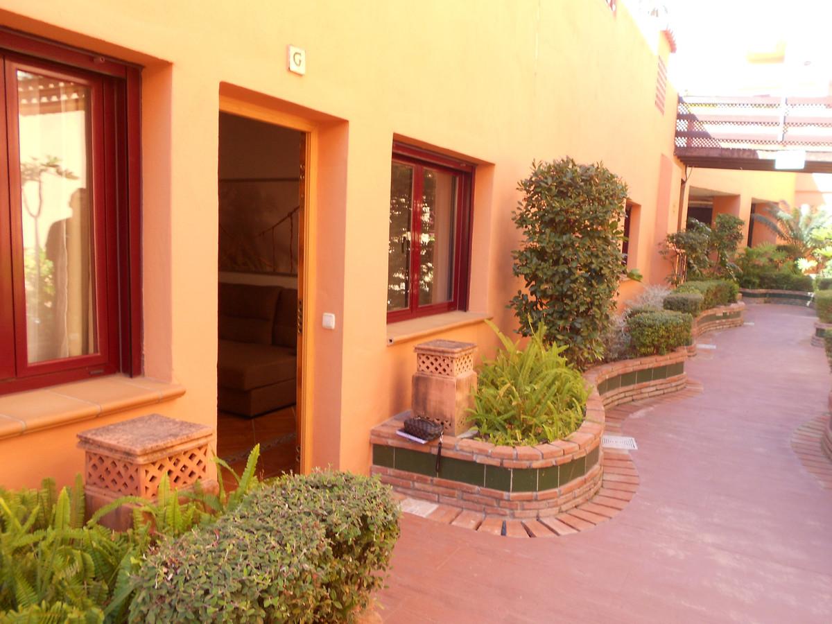 Appartement, Rez-de-chaussée  en vente    à Benahavís