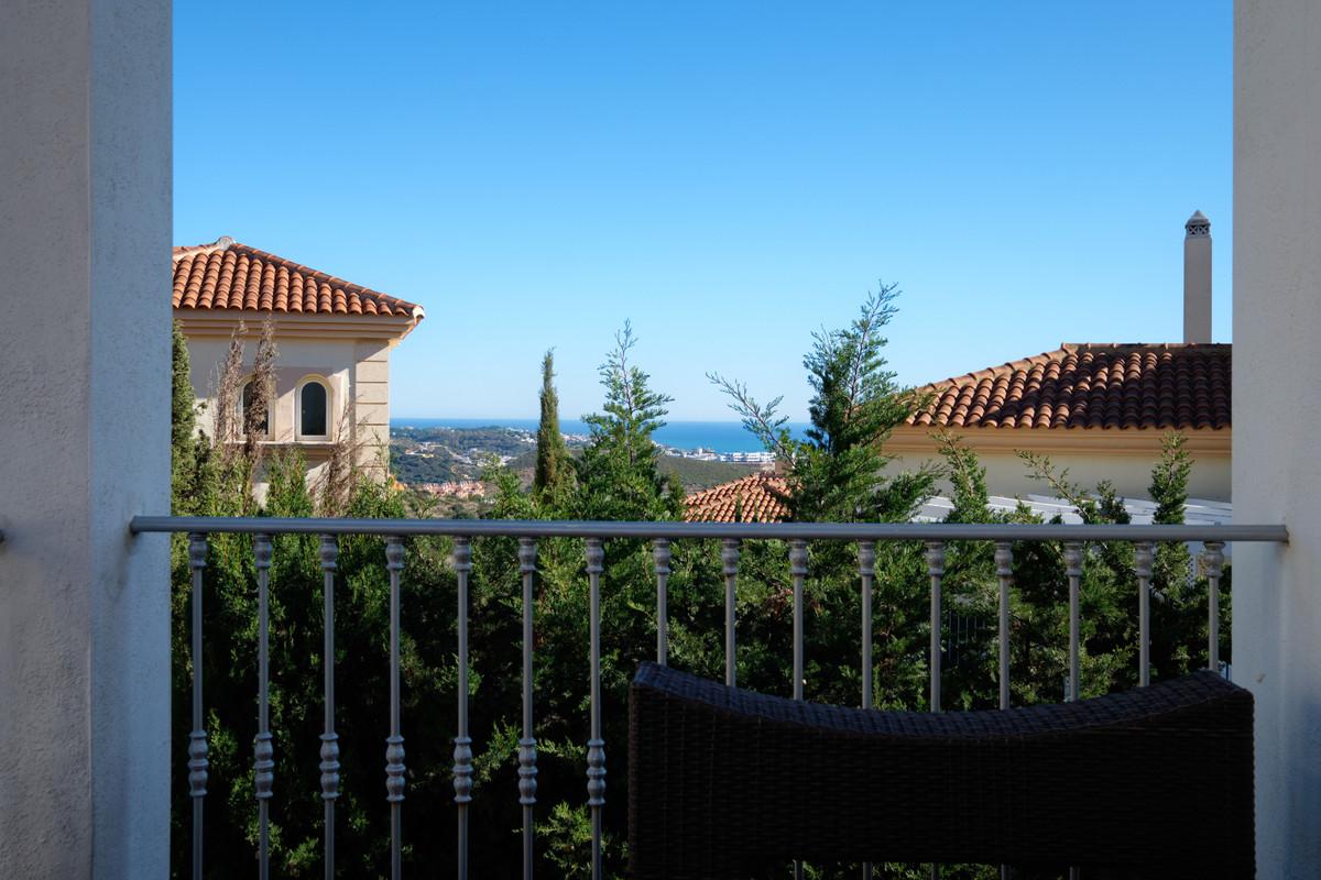 5 bedroom villa for sale mijas