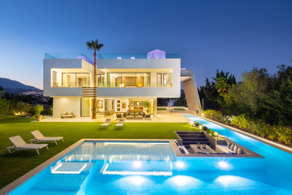 Impressive brand-new villa for sale in Nueva Andalucia. With an avant-garde architecture, located in,Spain