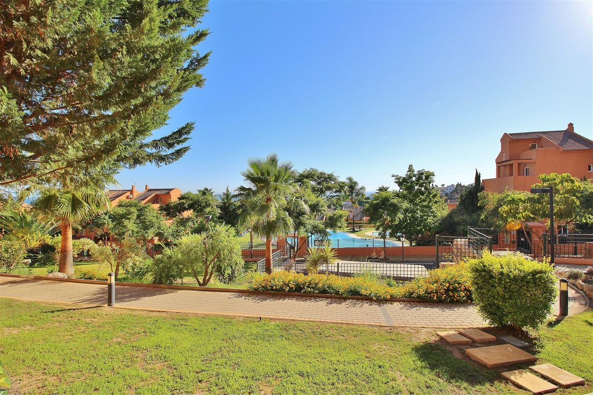Appartement  Rez-de-chaussée en location  à Marbella