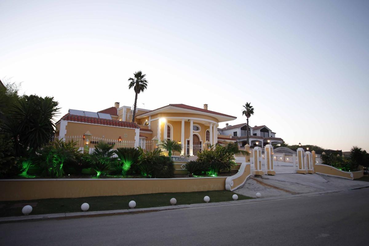 Villa 8 Dormitorios en Venta Sotogrande Alto