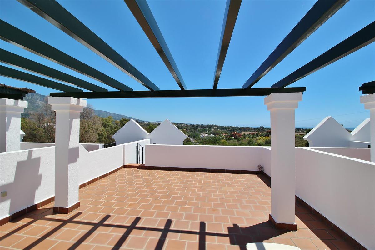 Rijhuis te koop in Nueva Andalucía R3424417