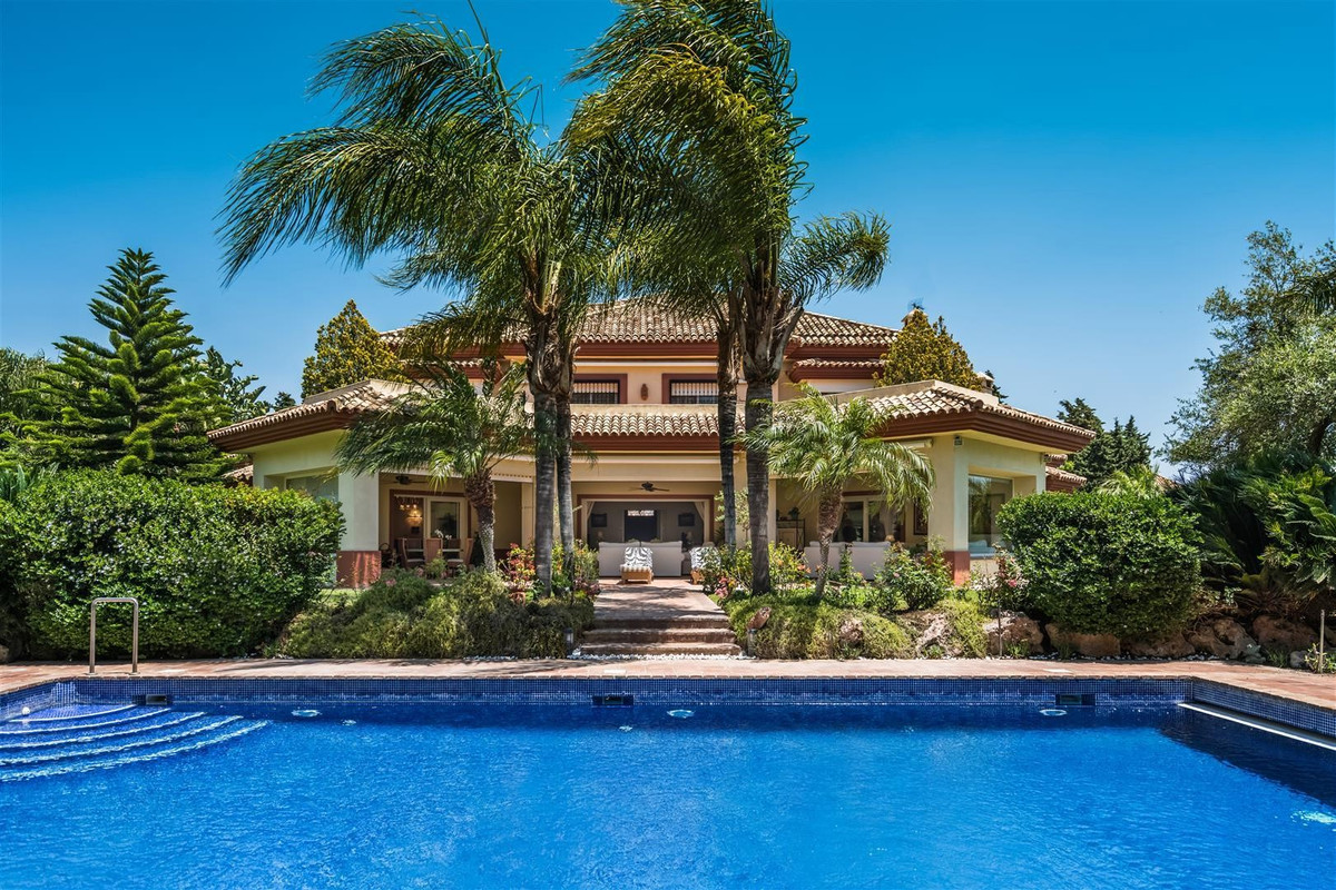 Villa zu verkaufen in Marbella R2108930
