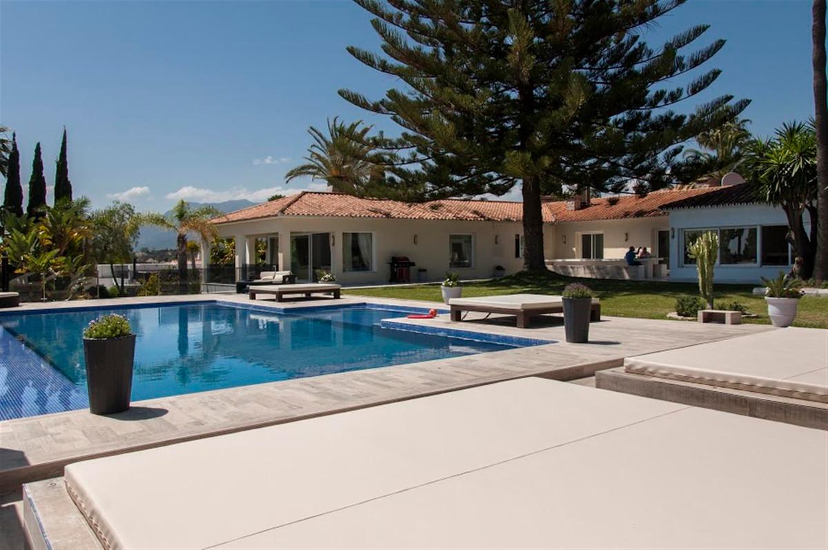 Villa Till salu i Marbella R2110910