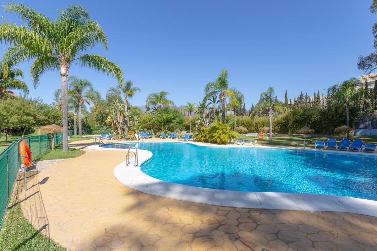 Penthouse, Bahia de Marbella, Costa del Sol. 3 Bedrooms, 2.5 Bathrooms, Built 150 m², Terrace 50 m².,Spain