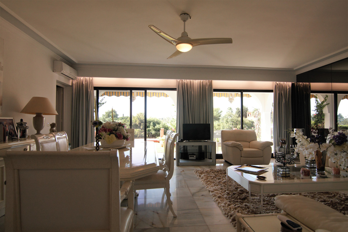 4 Dormitorio Planta Baja Apartamento En Venta Benahavís