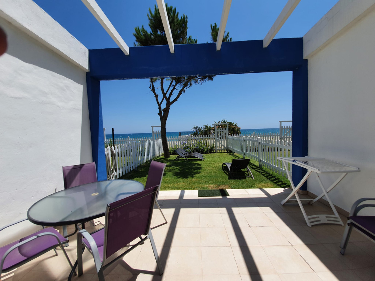 Townhouse, Beachfrontline on the New Golden Mile Costa del Sol. 3 Bedrooms, 3.5 Bathrooms, Built 175,Spain