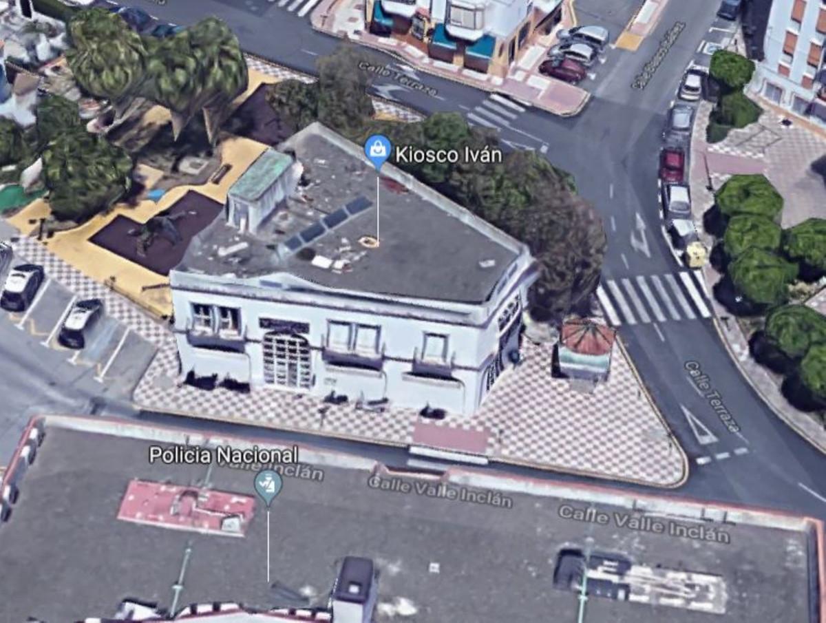 Apartment Complex for sale in Estepona R3931414