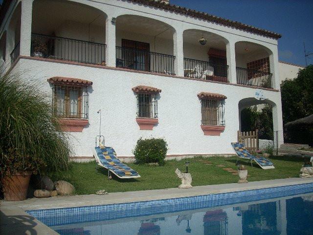 VillaDetachedfor salein Estepona