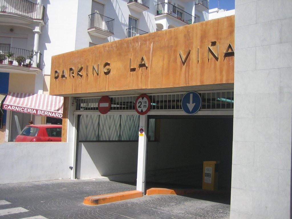 Garaje en alquiler en Estepona