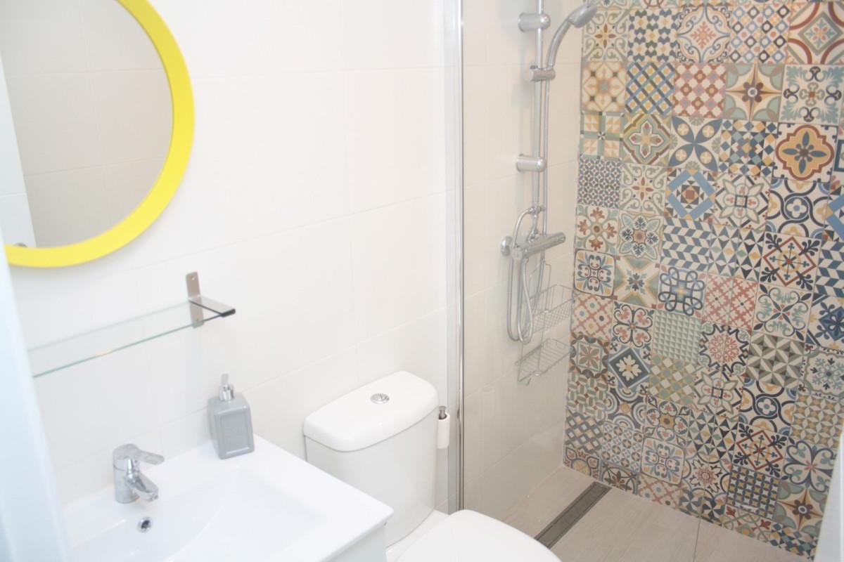 R2595815: Apartment for sale in Estepona
