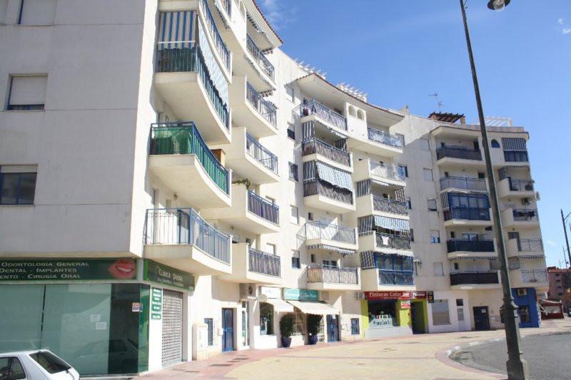 Middle Floor Apartment, Estepona, Costa del Sol. 2 Bedrooms, 2 Bathrooms, Built 90 m², Terrace 15 m²,Spain