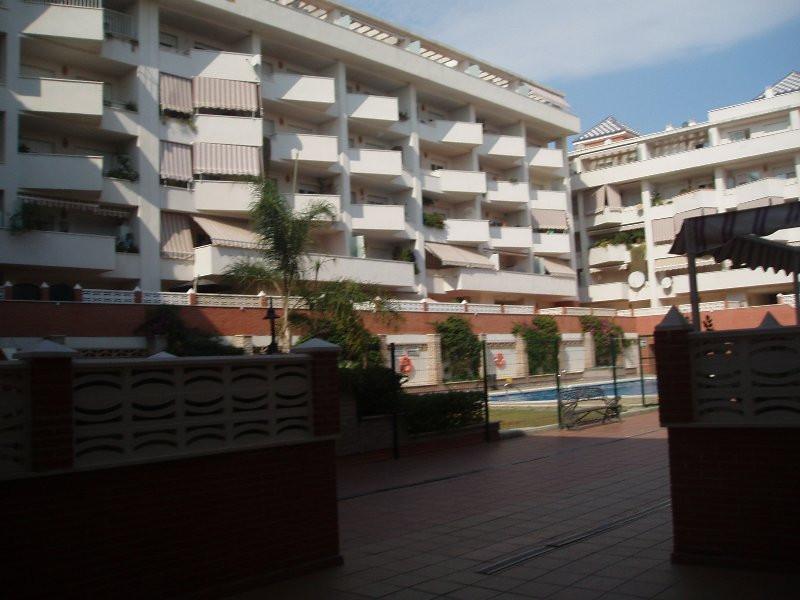 Apartamento 3 Dormitorios en Venta Estepona