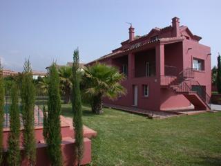 Adosado en alquiler en Estepona