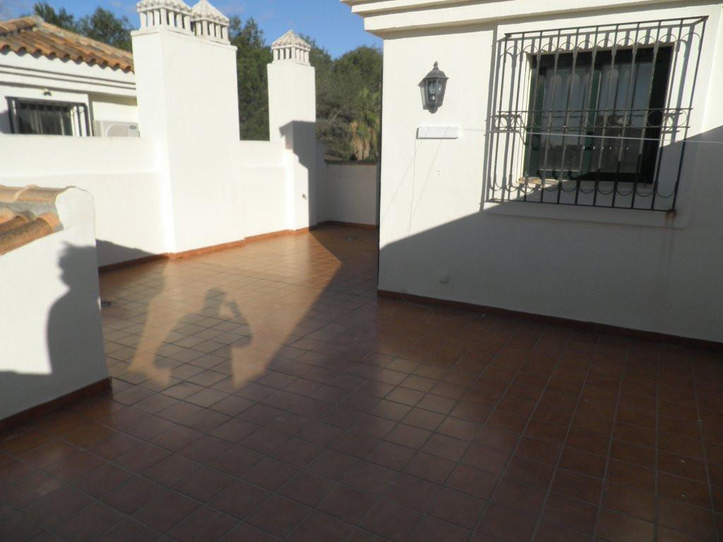 Adosado en venta en Atalaya, Estepona