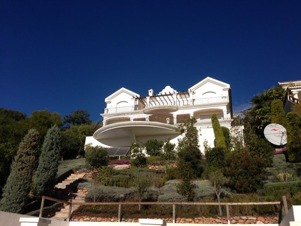 House in Altos de los Monteros R2116109 1