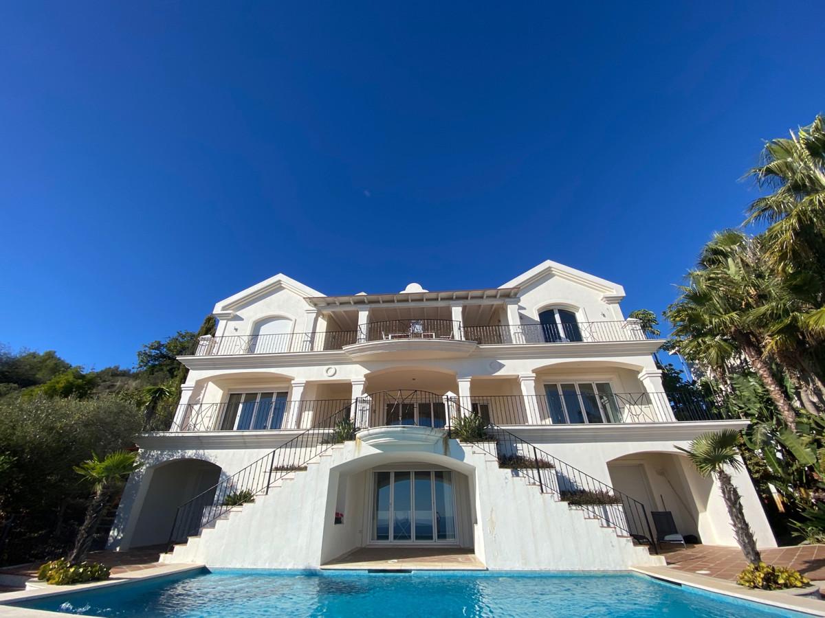 House in Altos de los Monteros R2116109 15