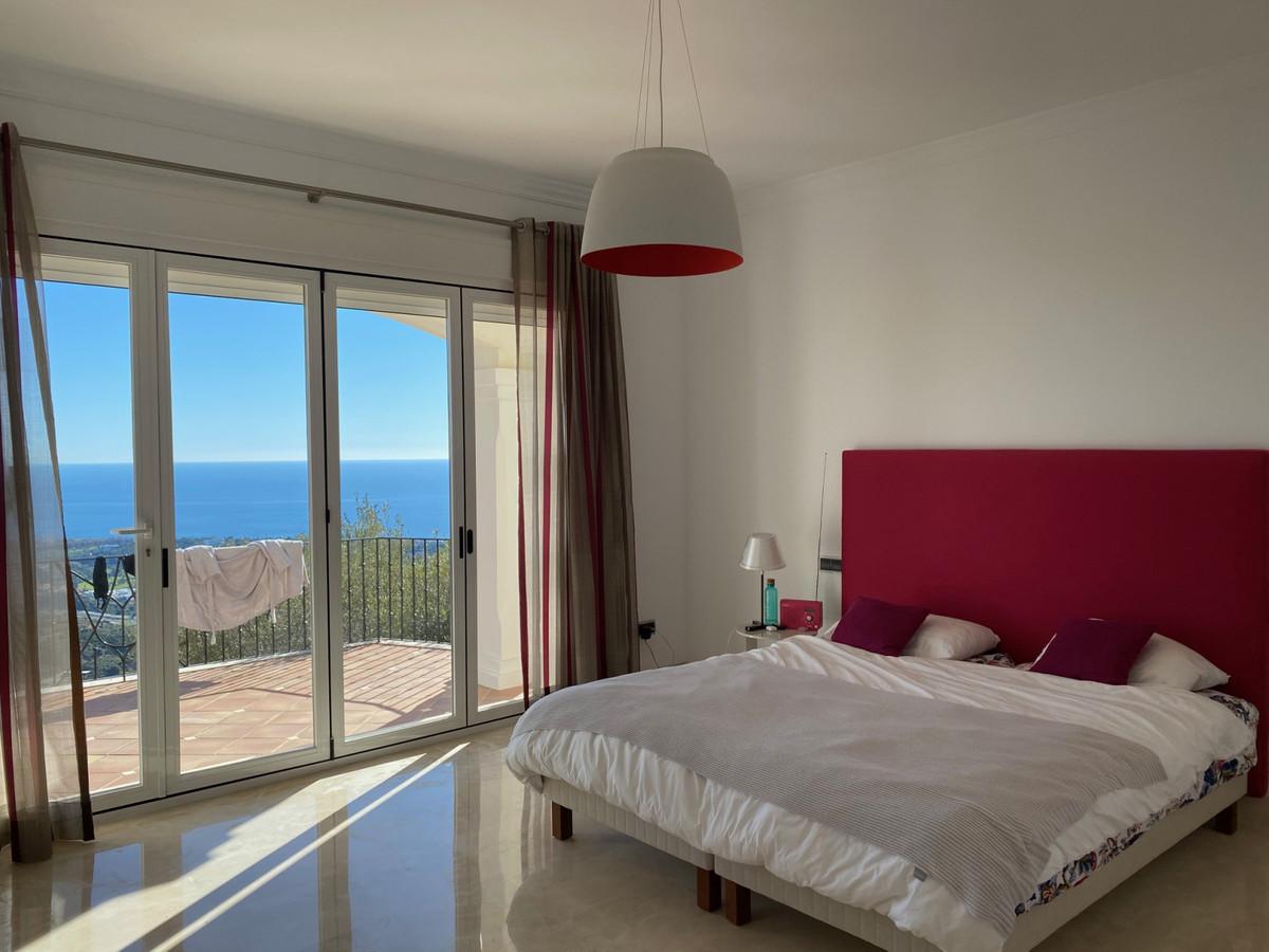 House in Altos de los Monteros R2116109 2