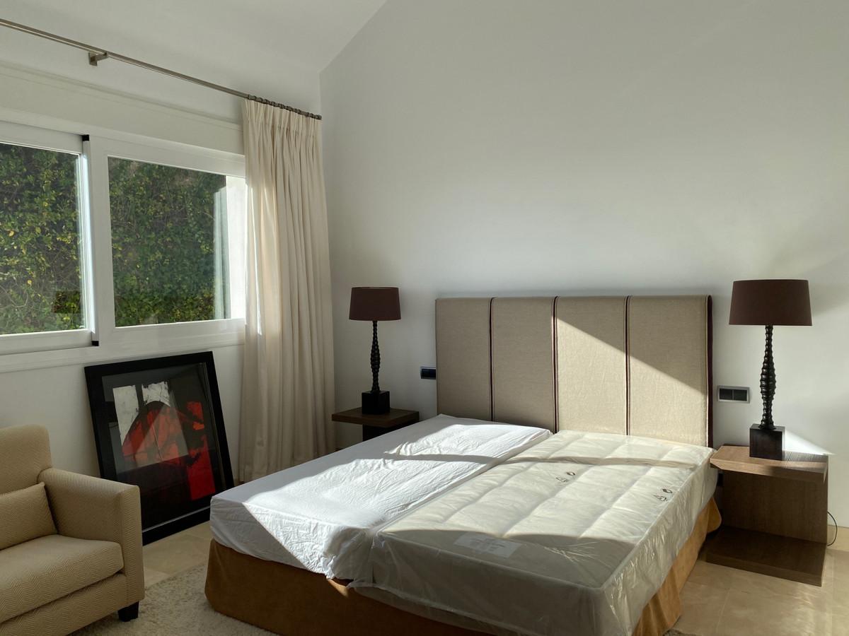 House in Altos de los Monteros R2116109 5