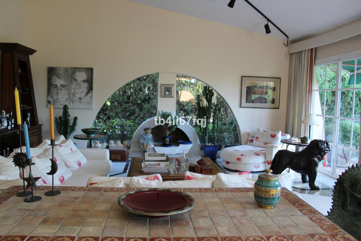 House in Atalaya R3670745 14