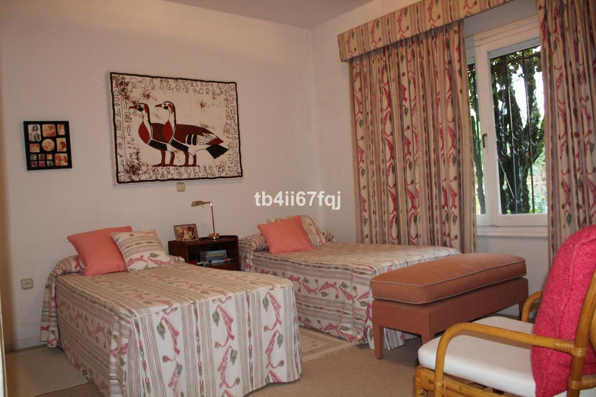 House in Atalaya R3670745 42