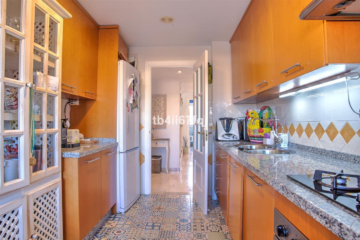 Apartamento con 4 Dormitorios en Venta Río Real