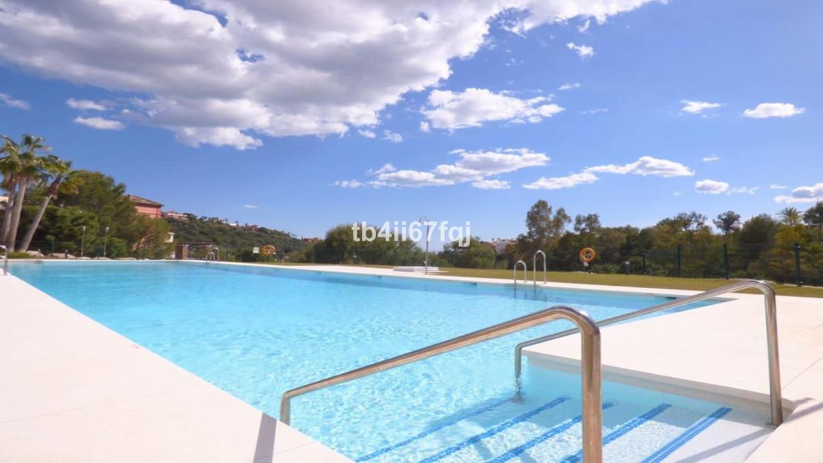 Apartment for sale in Benahavis, - La Reserva de Alcucuz  Wonderfu l3 beds 2 baths south/west  orien,Spain