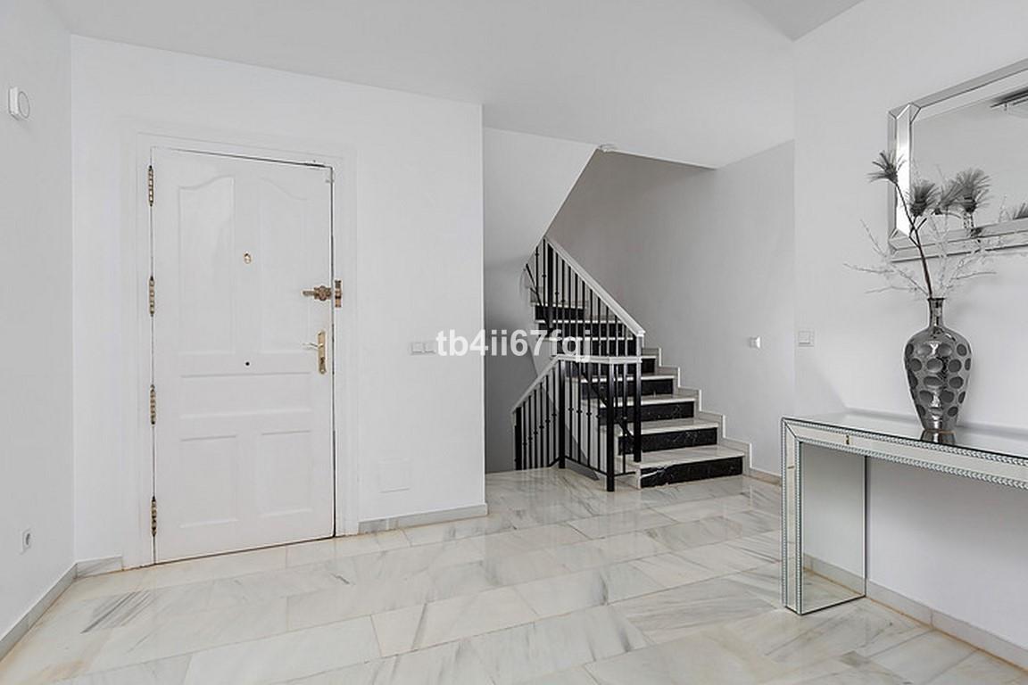 House in Nueva Andalucía R3184408 20