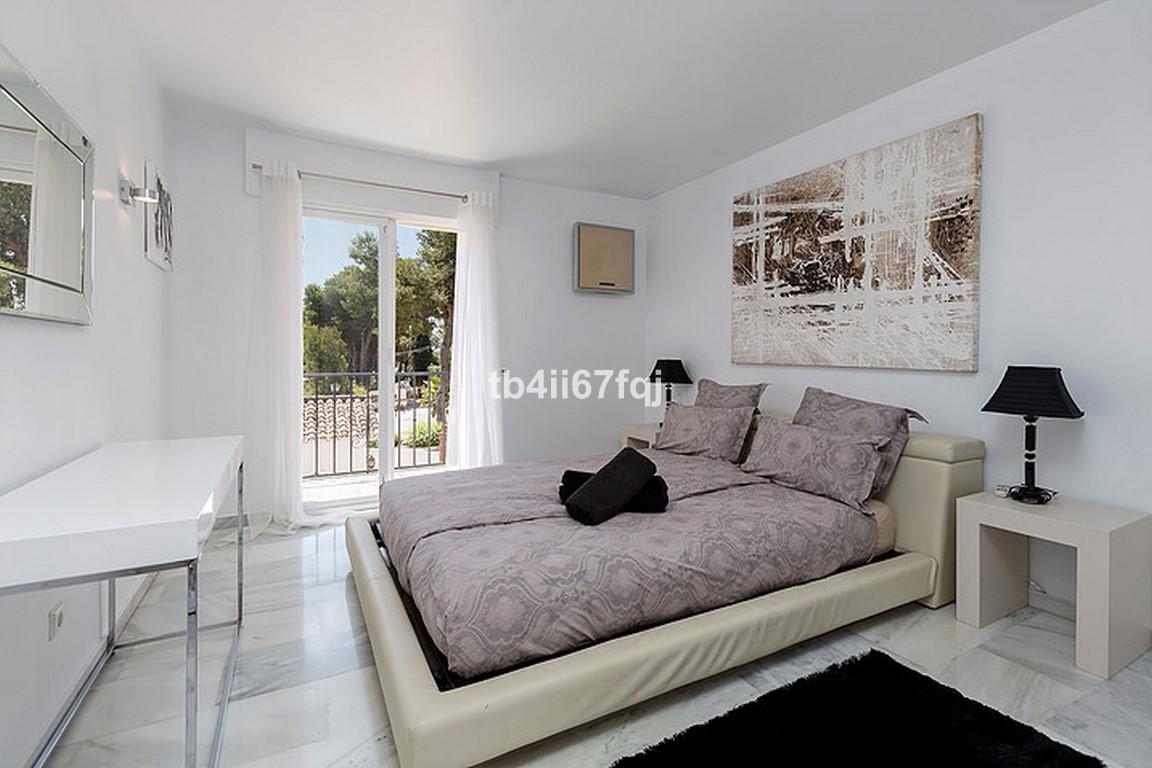 House in Nueva Andalucía R3184408 22