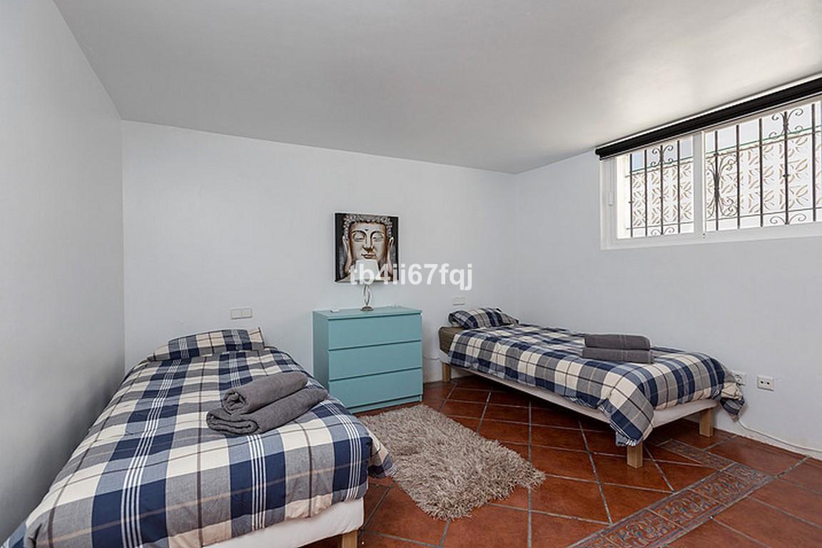 House in Nueva Andalucía R3184408 23