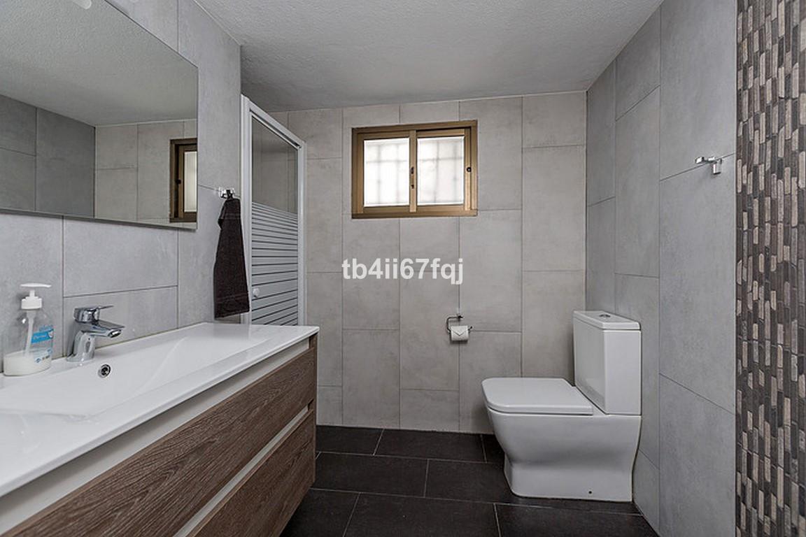 House in Nueva Andalucía R3184408 28