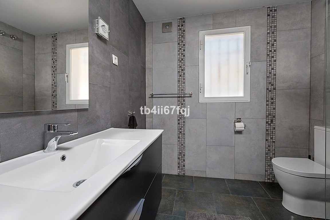 Hus in Nueva Andalucía R3184408 29